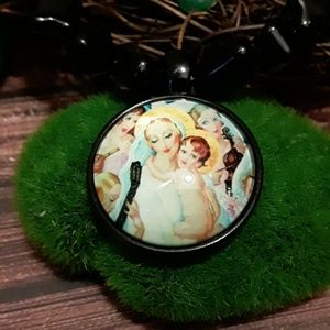 Jewelry - Mary and Jesus Pendant